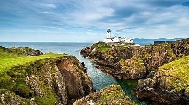 Tour organizzato delle due Irlande, i gioielli dell'isola di smeraldo mezza pensione
