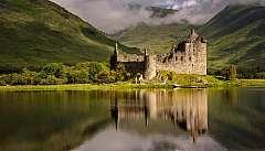 Tour sulle orme dei clan scozzesi in auto (fly & drive)