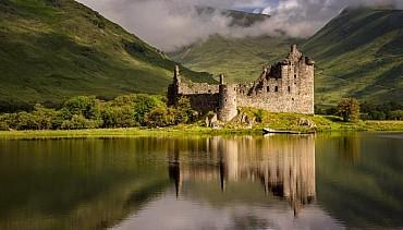Tour sulle orme dei clan scozzesi in auto (fly & drive) solo colazione