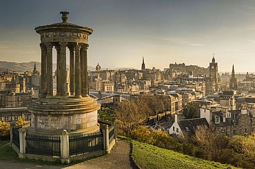 Tour guidato di Edimburgo, di Skye e dei castelli scozzesi solo colazione