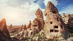 Tour classico della Cappadocia, tra valli colorate e i camini di fata