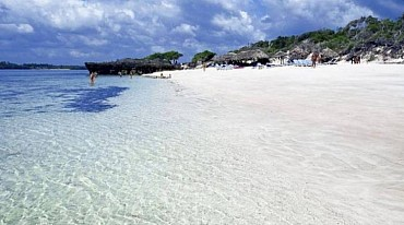 Africa KENYA le belle spiagge bianche dell'Oceano Indiano