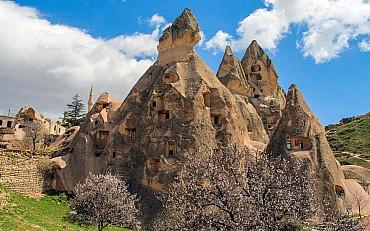 Tour Cappadocia e Caicco: tra i camini di fata e la costa turchese pensione completa