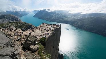 Splendore dei Fiordi: Tour di gruppo in ITALIANO da € 1045,00 pp solo colazione