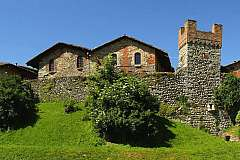 Ricetto di Candelo, il suggestivo borgo medievale del biellese