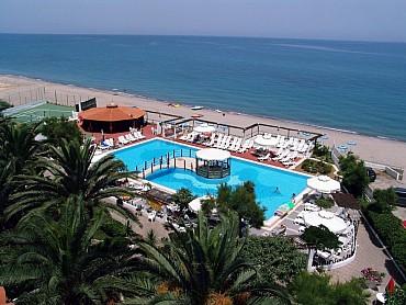 Estate 2020 Calabria, scopri Cirò Marina e Crotone a partire da € 315
