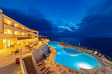 Sardegna Occasione Estate in Resort 4* a Castelsardo da soli 439 € pensione completa