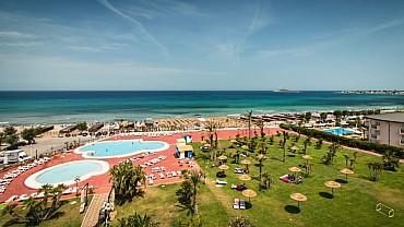 Grande Estate al Saracen Sands Hotel di Isola delle Femmine (Palermo) pensione completa