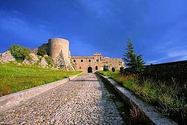 Visita l'antico borgo di Bovino a € 89 per due persone!!