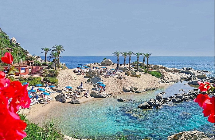 Costa Orientale Sarda: Nel magnifico Arbatax Park Resort da 982 €