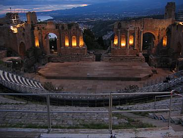 € 425  Self drive a Palermo e Taormina - 7 giorni / 6 notti solo colazione