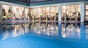 Hotel PI **** soggiorno mare di Bibione  (Veneto) 600 mt spiaggia solo colazione