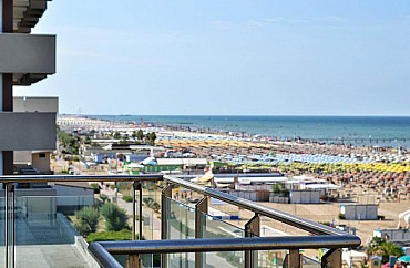 Hotel ASC **** soggiorno mare  Rimini in Emilia Romagna Estate 2020 pensione completa