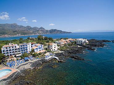 Hotel NK ****  soggiorno mare  Giardini Naxos  Sicilia Estate 2020 solo colazione