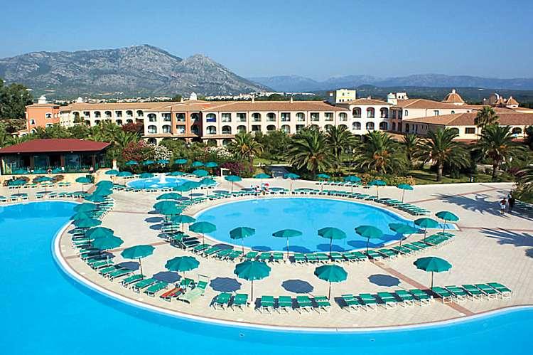 MGC Resort****soggiorno mare in Sardegna  situato nel Golfo di Orosei