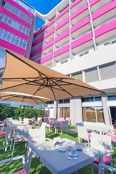 Hotel SBH***soggiorno mare Marche Estate 2020 a Senigallia solo colazione