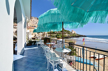 Hotel ARH***soggiorno mare Lazio ,situato a Sperlonga e vicino a Gaeta solo colazione