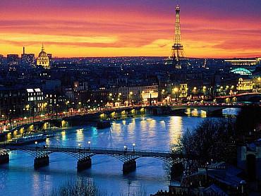 Capodanno a Parigi a prezzi folli approfittane subito!!! solo colazione