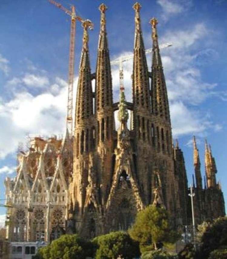 Spagna ponte dell\'Immacolata - Nave + soggiorno a Barcellona con...